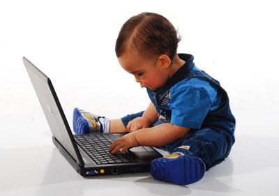 Baby-at-laptop-2